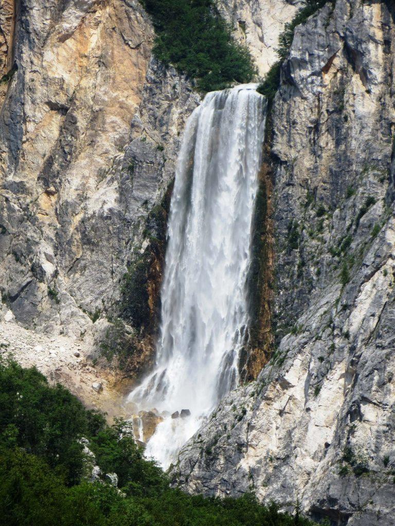 Boka waterfall